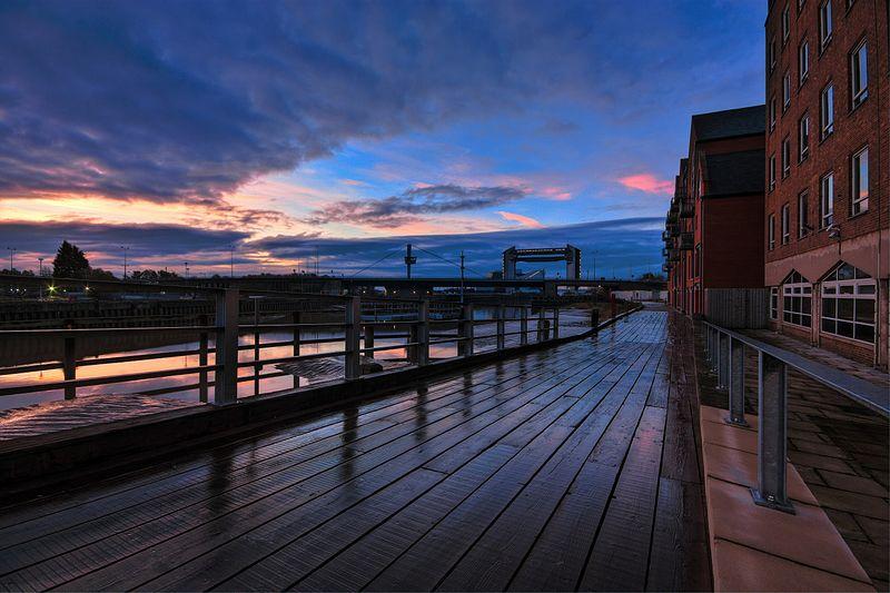 Boardwalk,_River_Hull_IMG_0312_-_panoramio